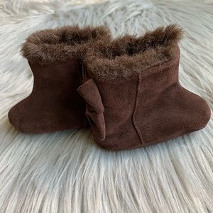 GAP Shoes - Baby GAP Infant Girl Slip On Suede Brown Boots